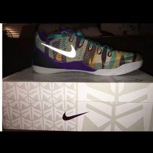BRAND NEW Nike Kobe IX EM 9 Pop Art